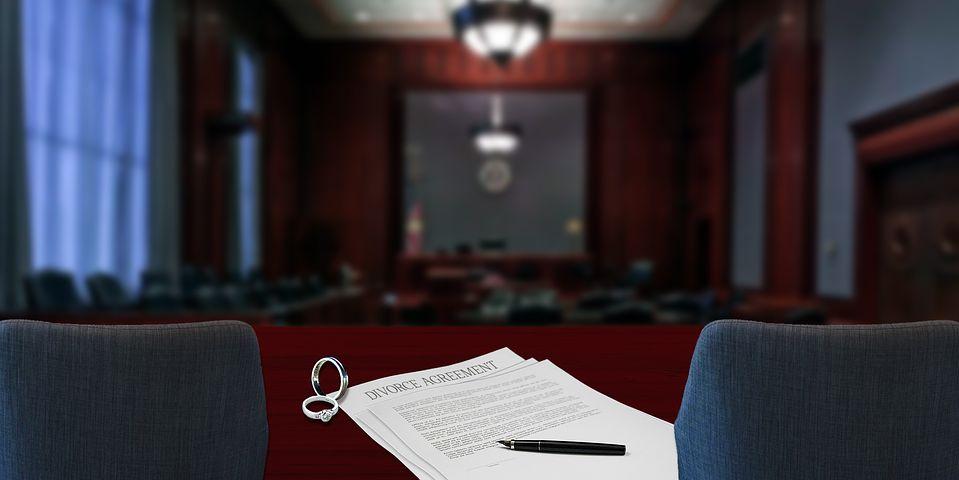divorce papers inside a Sydney courtroom